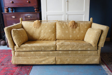 Traditional Style Knoll Drop Arm 3 Seater Sofa in Cream/Yellow Fabric - erfmann-vintage