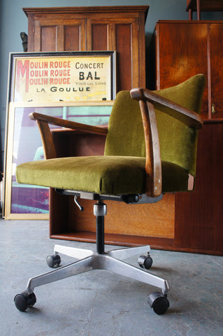 Vintage Retro Green Velvet Swivel Desk Chair on Casters with Wooden Arms - erfmann-vintage