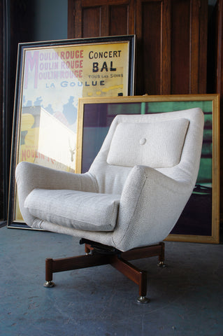 Mid Century Vintage Retro Cream Swivel Armchair Easy chair Reupholstered - erfmann-vintage