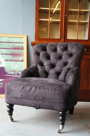 Traditional Style Button Back Occasional Nursing Chair in Black Velvet - erfmann-vintage