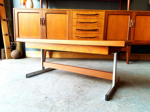 Mid Century Merrow Associates Style Solid Teak Coffee Table. - erfmann-vintage