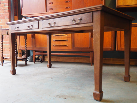 Edwardian Solid Oak Desk with Leather Inlay and 2 Drawers - erfmann-vintage