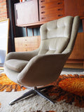 Mid Century Single Egg Chair Original Green Velvet Upholstery - erfmann-vintage
