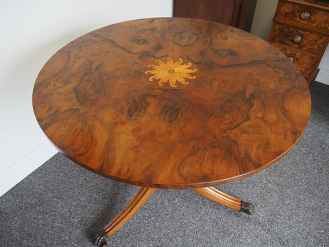 Regency Style Walnut Veneered Occasional Table Mid 20th C. Reproduction - erfmann-vintage