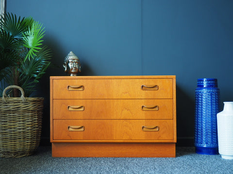 Mid Century Vintage G Plan Chest of Drawers Teak - erfmann-vintage