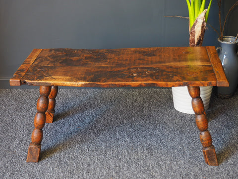 19th Century Solid Burr-Oak Side Table / Coffee Table - erfmann-vintage