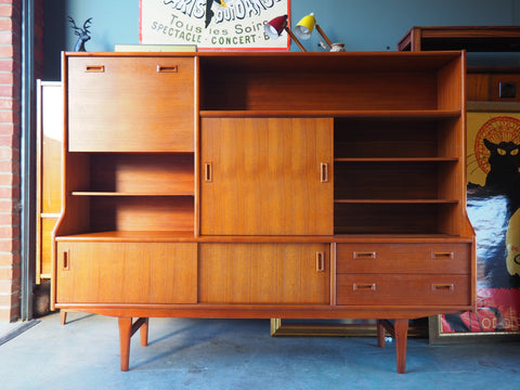 Mid Century Retro Sideboard / Wall Unit in Teak - erfmann-vintage