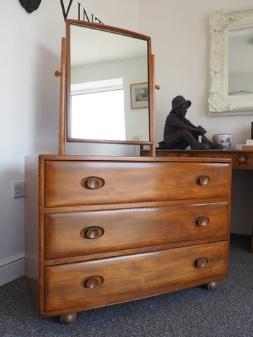 1950s Ercol Elm Wood Dressing Table/Chest of Drawers with Mirror - erfmann-vintage