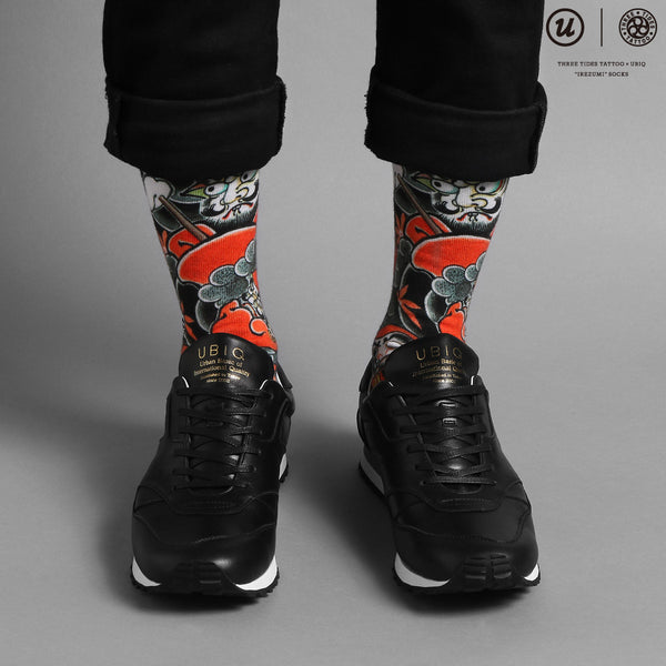 "THREE TIDES TATTOO × UBIQ ""IREZUMI"" SOCKS (Daruma)"