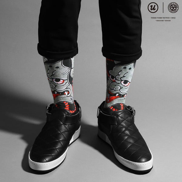 "THREE TIDES TATTOO × UBIQ ""IREZUMI"" SOCKS Hannya"