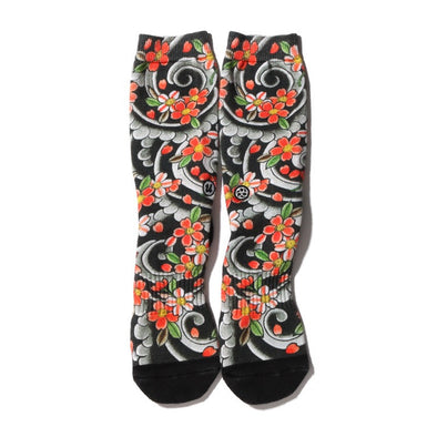 "THREE TIDES TATTOO × UBIQ ""IREZUMI"" SOCKS Sakurafubuki"