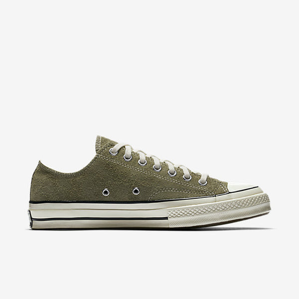 72e05ea90591 CONVERSE CHUCK TAYLOR ALL STAR  70 VINTAGE SUEDE LOW TOP - MEDIUM OLIE –  Atmos New York