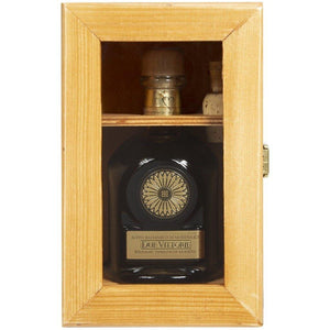 Due Vittorie Famiglia Balsamic Vinegar of Modena IGP In Wooden Gift Box 250ml