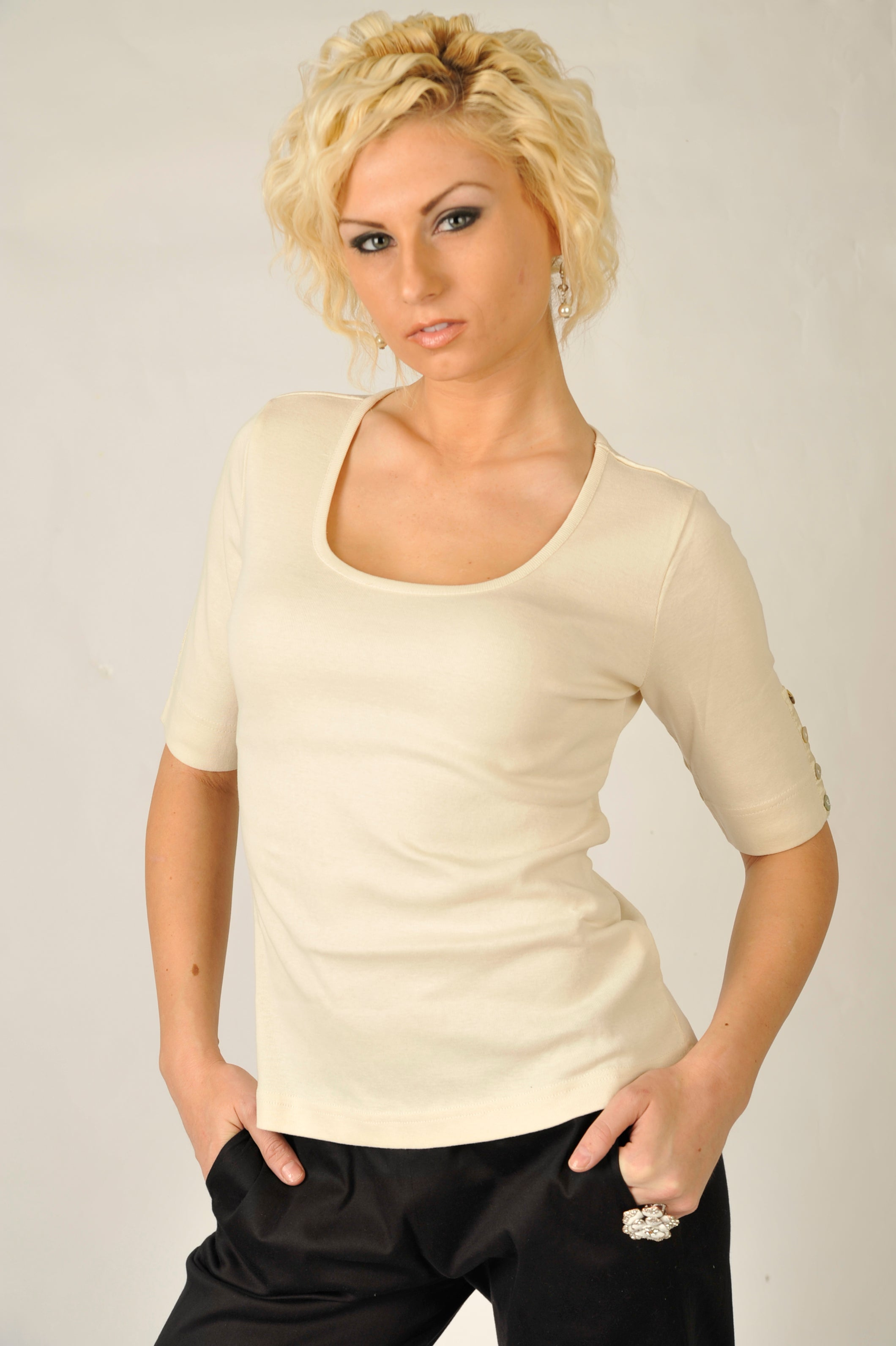 Solid 3/4 Sleeves Cream Top