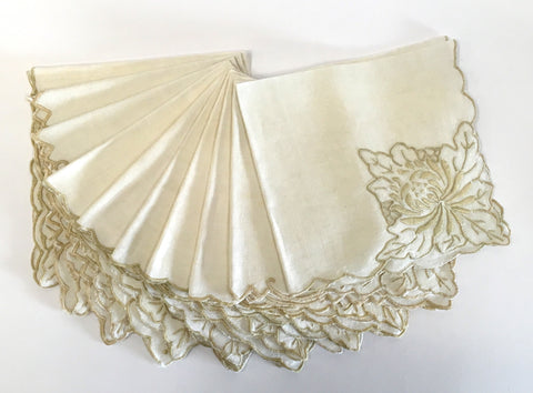 Vintage Beige Linen Embroidered Napkins - The Mart Collective