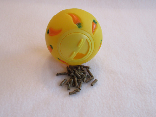 WHEEKY® Treat Ball for GUINEA PIGS, RABBITS AND ALL SMALL PETS - www.MyStayBowl.com