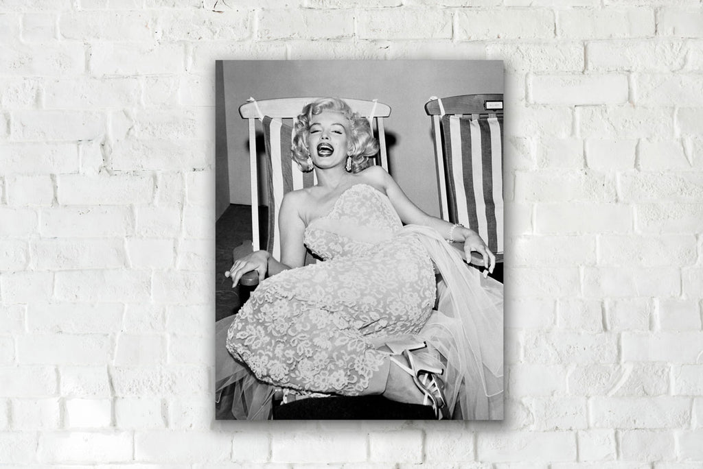 MARILYN MONROE, DECK CHAIR