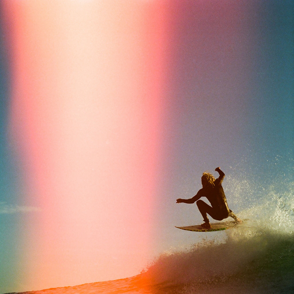 LIGHT LEAK SURFER