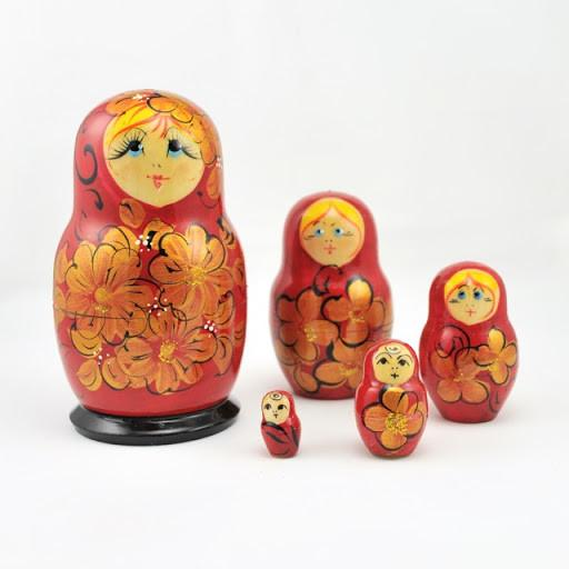 Red Lady Russian 5 Doll Nesting Set