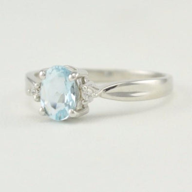 Sterling Silver Aquamarine .7ct Oval Cubic Zirconia Ring Size 6.5