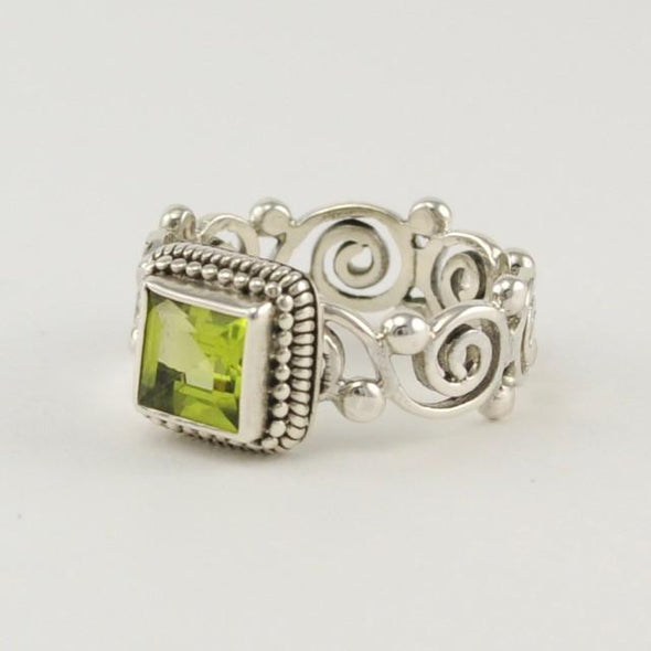 Sterling Silver Peridot Scroll Ring Size 6