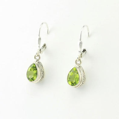 Sterling Silver Peridot Tear Bali Earrings