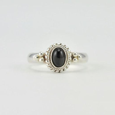 [5411] sterling silver black star diopside 4x6mm oval ring size 6