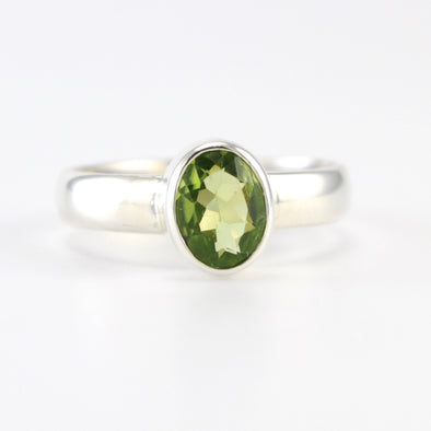 Silver Peridot 6x8mm Oval Ring
