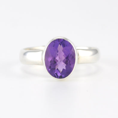 Silver Amethyst 7x9mm Oval Ring