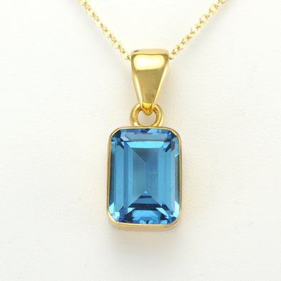 Alchemía Blue Topaz Rectangle Pendant