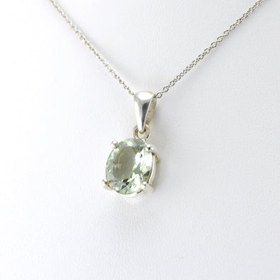 Side View Silver Prasiolite 10x12mm Oval Pendant