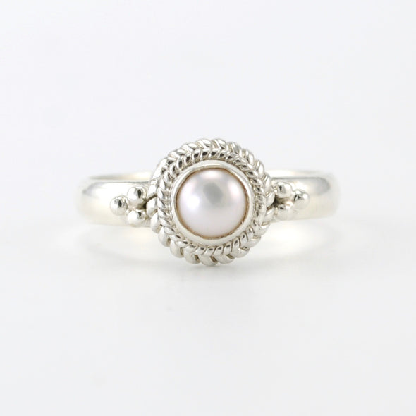 Silver Pearl 5mm Round Ring