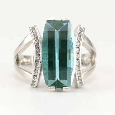 Silver Green Spinel 5.9ct CZ Ring