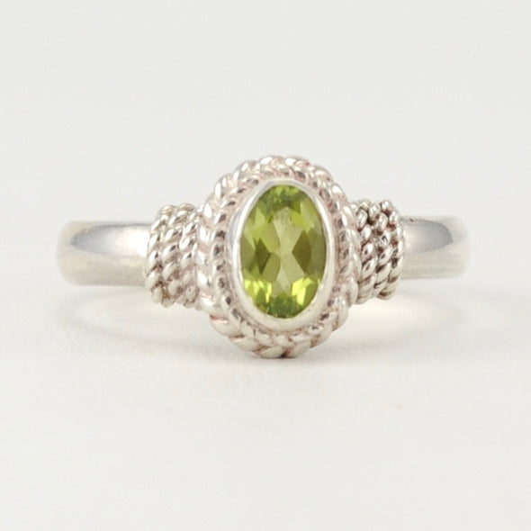 Peridot 4x6mm Oval Rope Ring