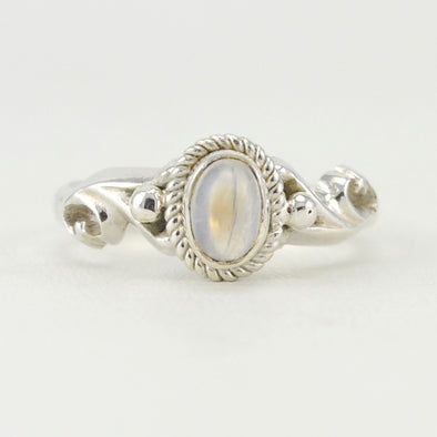 Sterling Silver Moonstone 4x6mm Oval Ring Size 7