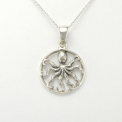 Silver Octopus Round Small Necklace
