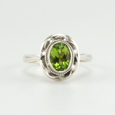 Silver Peridot 7x9mm Oval Ring