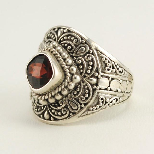 Sterling Silver Garnet Square Ring Size 8