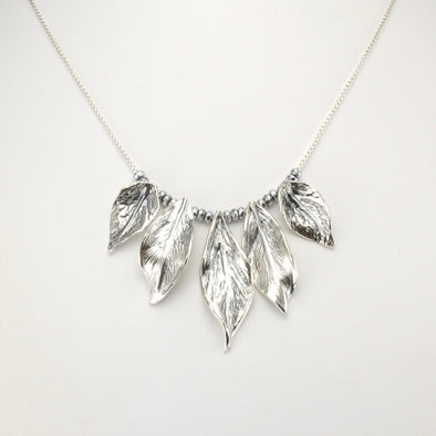Silver Graduated Leaf Necklace