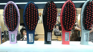 Crioliss Hot Brush come in Black, Coral and Grey