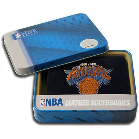 NBA Men's New York Knicks Embroidered Trifold Wallet