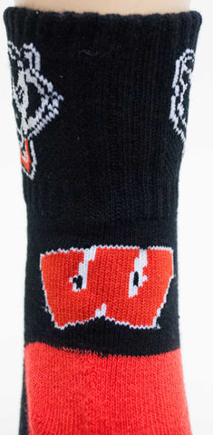 NCAA Wisconsin Badgers Black Quarter Socks