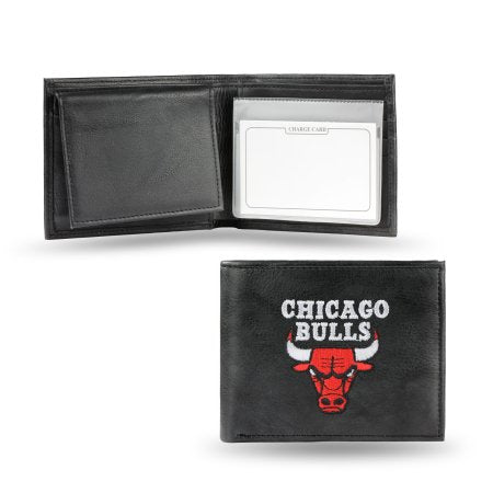 NBA Men's Chicago Bulls Embroidered Billfold Wallet