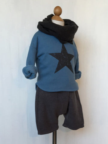 Sweatshirt with star graphic - Blue