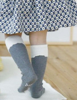 Ruffle knee high socks - Grey