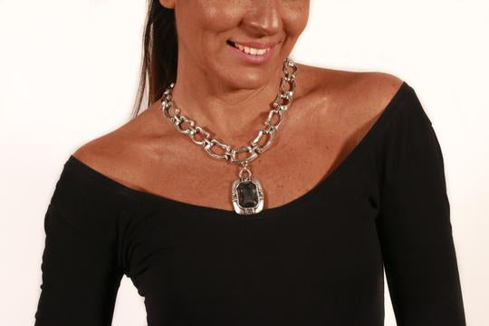 Smokey Gray Crystal and Pewter Necklace NN3168