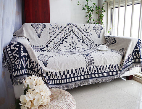 Black & White Cotton Jacquard Blanket