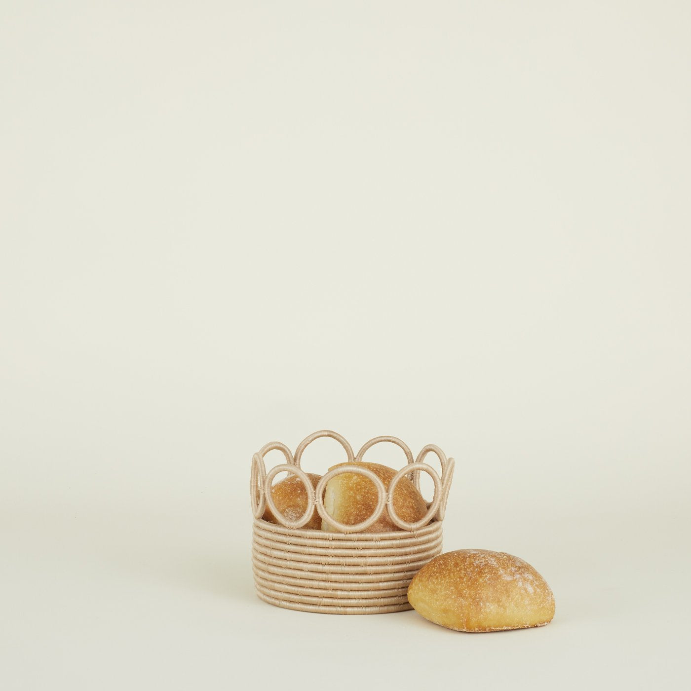 RINGED CATCHALL BASKET
