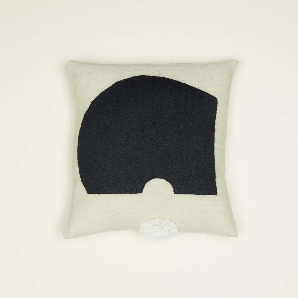 MODERN SHAPE PILLOW - ROUND