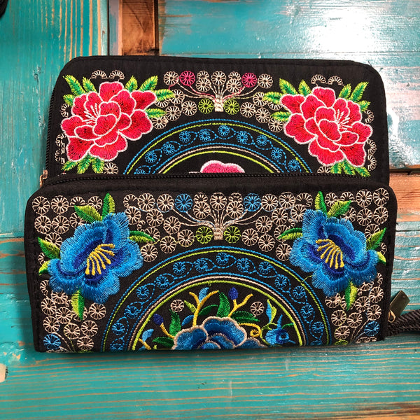 wallet Juarez Mexico embroidery